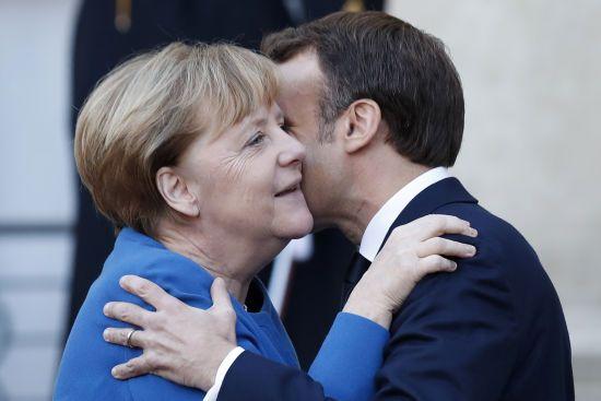 """Меркель і Макрон заявили, що нова """"нормандська зустріч"""" відбудеться протягом чотирьох місяців"""