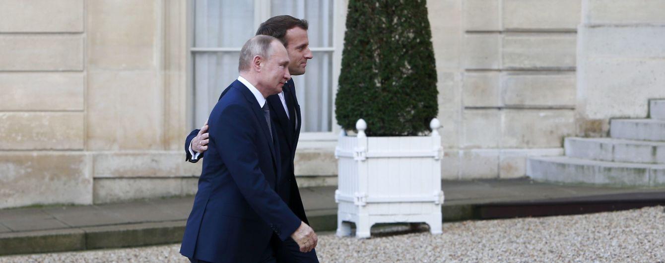 """Меркель пошла сама, а Путина провел Макрон: как расходились лидеры """"нормандской четверки"""" после саммита"""