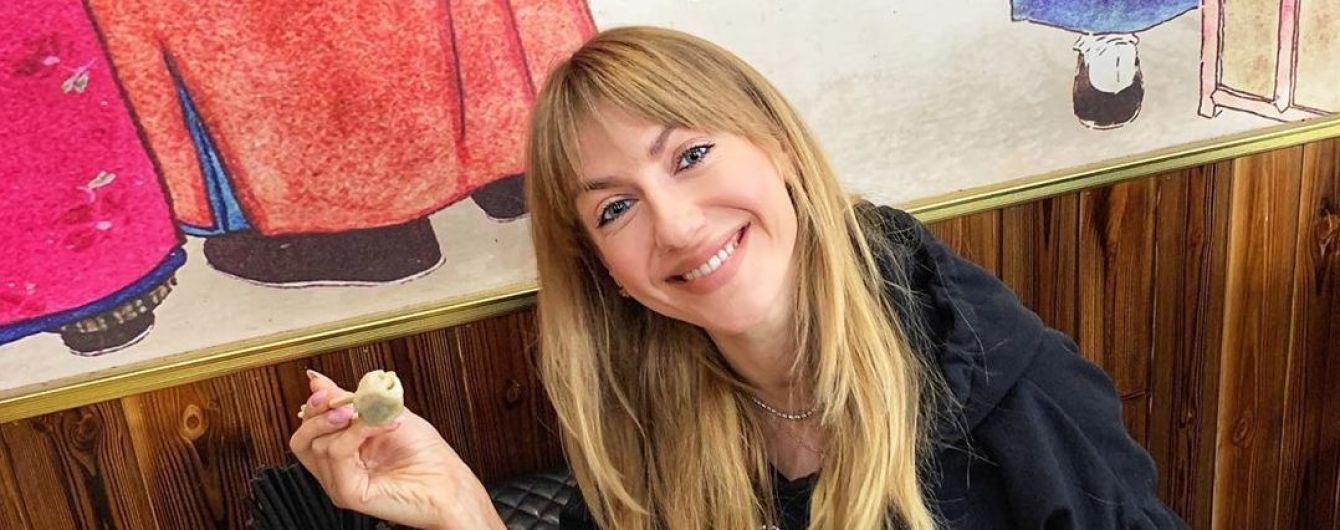 """""""Голова селезня и его яйцо"""": Леся Никитюк похвасталась своим китайским завтраком"""