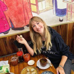 """""""Голова качура і його яйце"""": Леся Нікітюк похизувалася своїм китайським сніданком"""