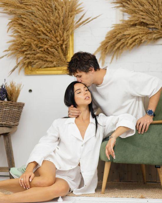Закоханий Євген Кот показав ніжні фото з дружиною