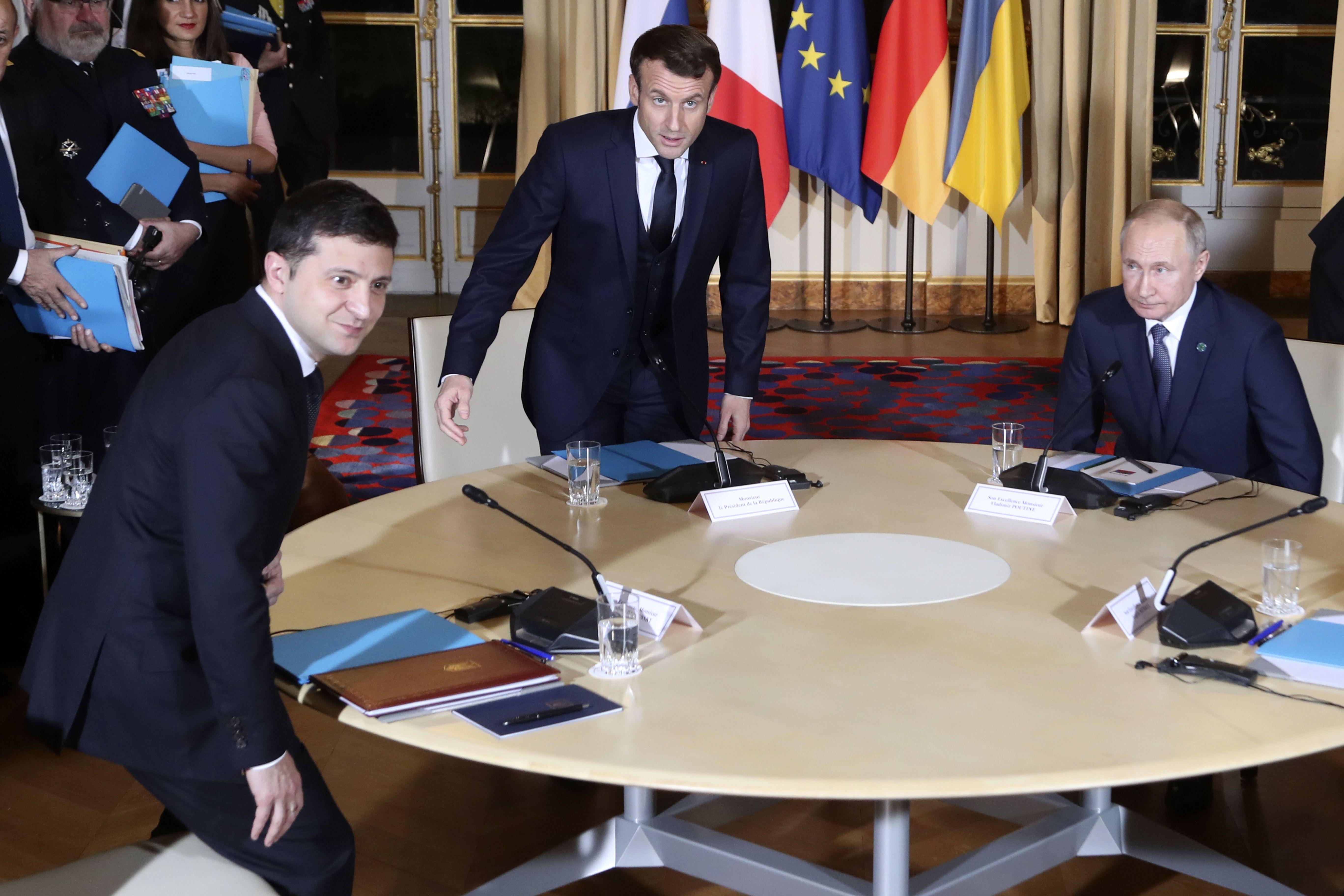 Зустріч у Парижі_10