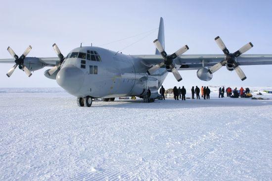 В Южной Америке во время полета исчез военный самолет