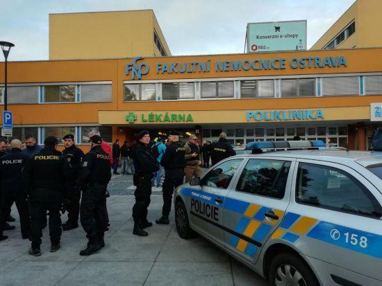 У чеській лікарні невідомий відкрив стрілянину: шестеро загиблих