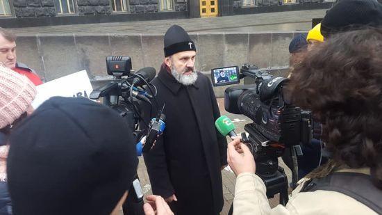 Архієпископ Кримської єпархії ПЦУ Климент оголосив голодування