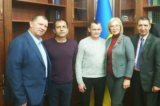 Освобожденые политзаключенные Балух и Карпюк будут работать в офисе Денисовой