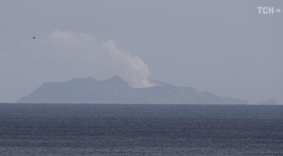 Тіла двох жертв виверження вулкану у Новій Зеландії змило в море – представник поліції