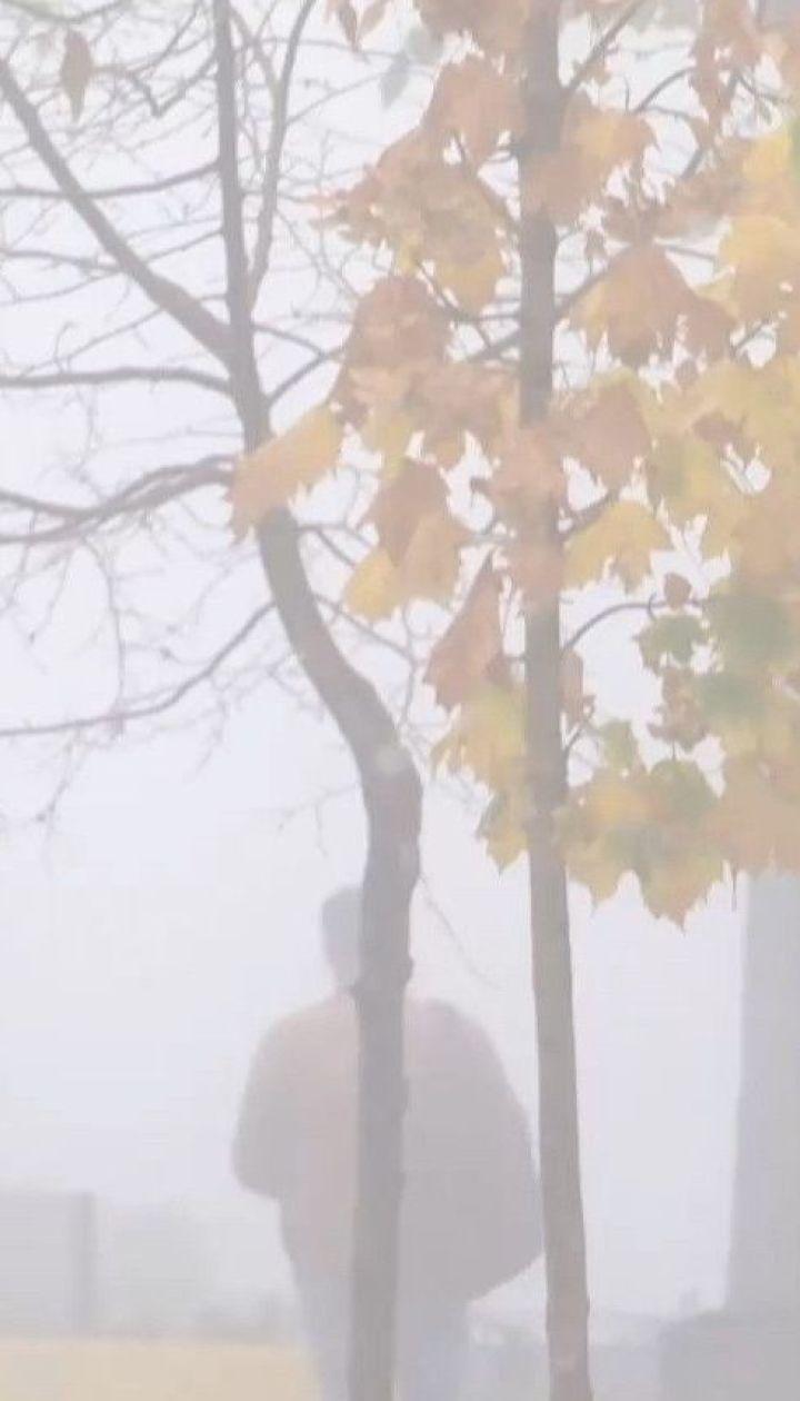 Спасатели предупреждают украинцев о плохой видимости на дорогах из-за густого тумана