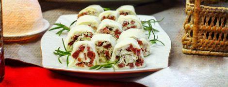 Рулетики со сливочным сыром и вяленым мясом