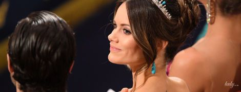 На светской церемонии: шведская принцесса София засветила свою татуировку