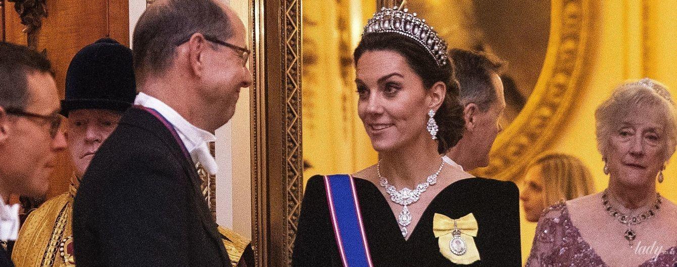 У сукні Alexander McQueen і тіарі принцеси Діани: герцогиня Кембриджська на урочистому заході