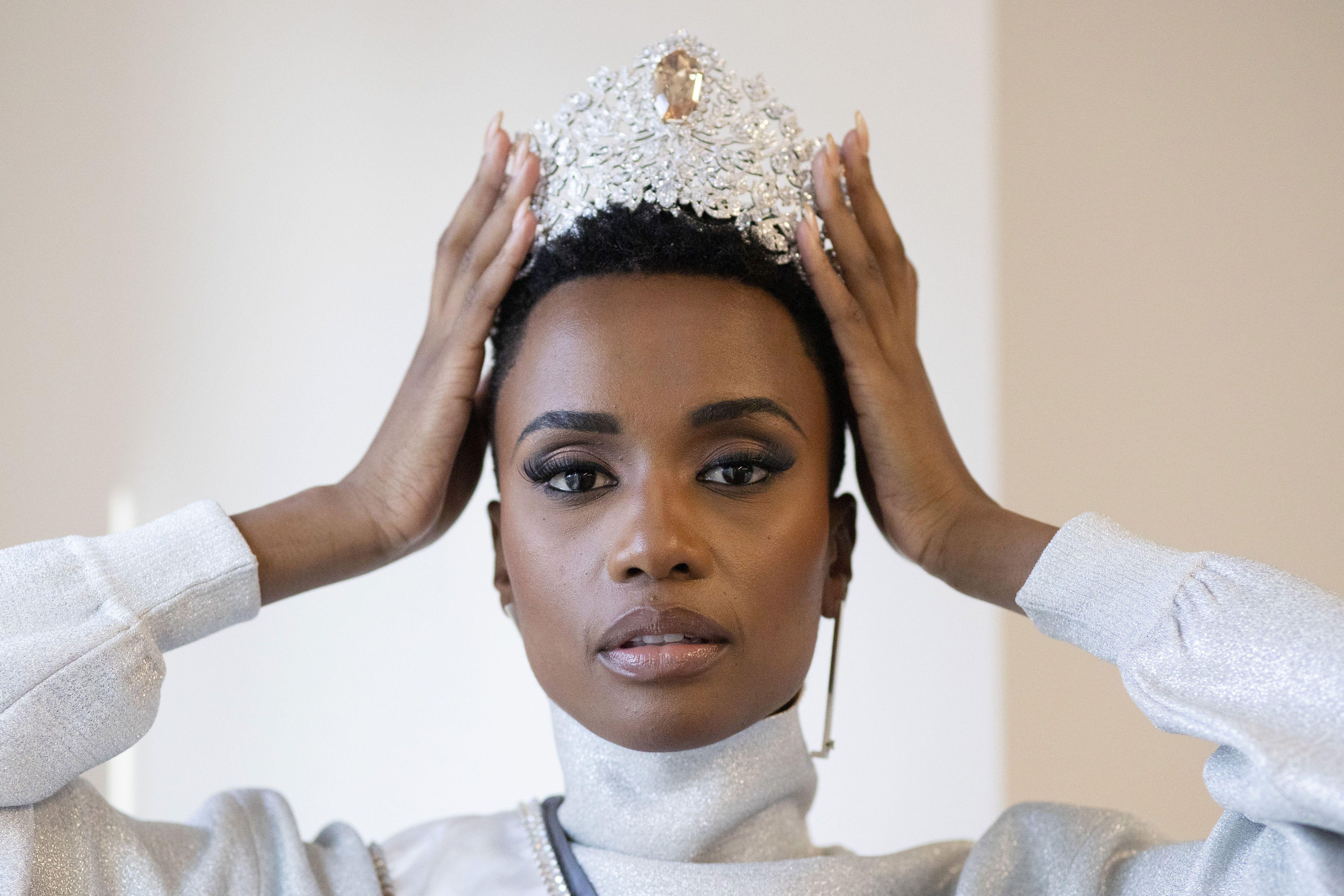 Міс Всесвіт 2019, Зозібіні Тунзі