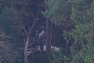 В Канаде самолет упал в лесу: погибли трое человек