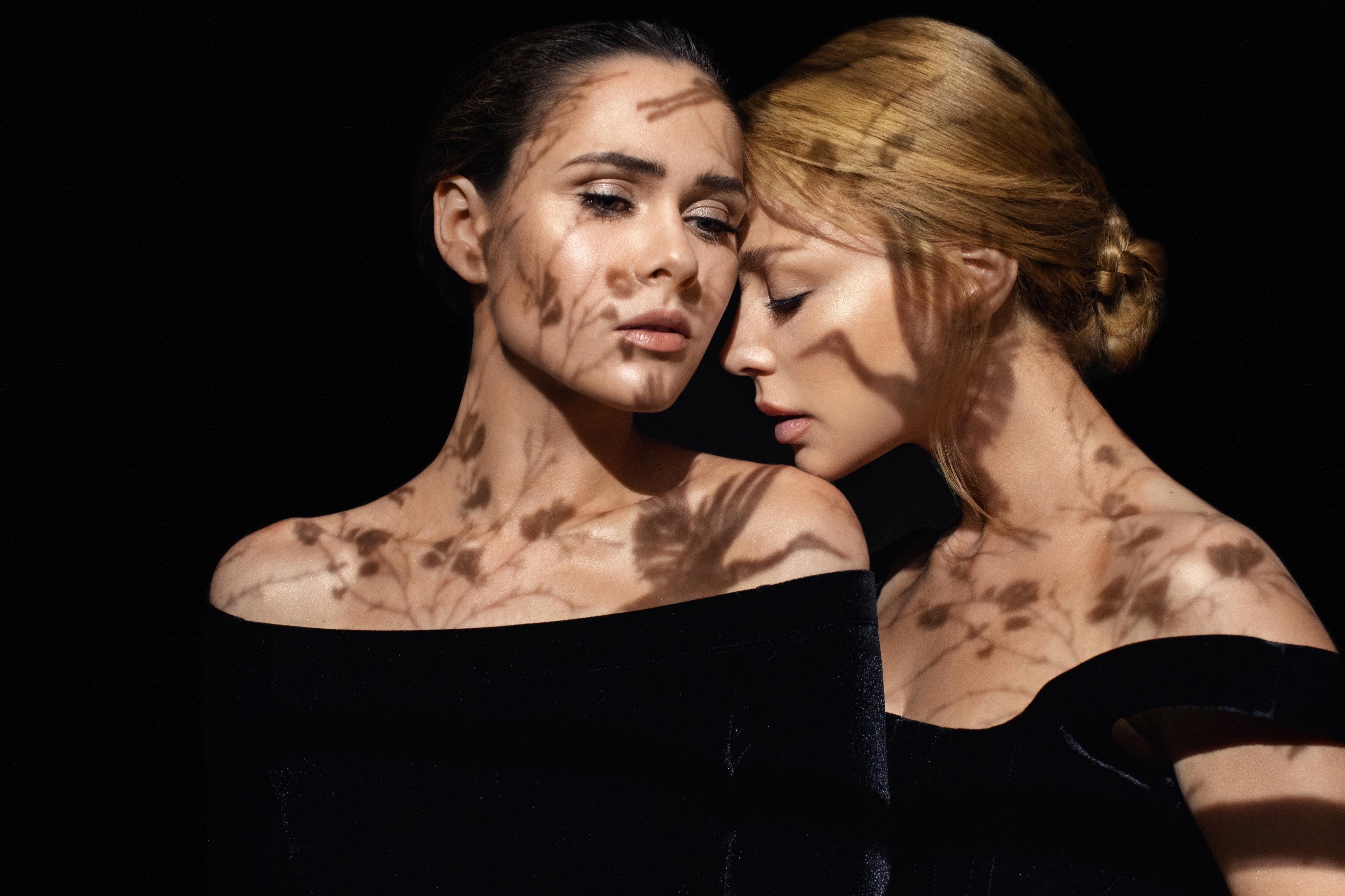 Юлія Саніна та Тіна Кароль