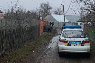 """На Киевщине ввели спецоперацию """"Сирена"""": разыскивают мужчину, который обстрелял патрульных из ружья"""
