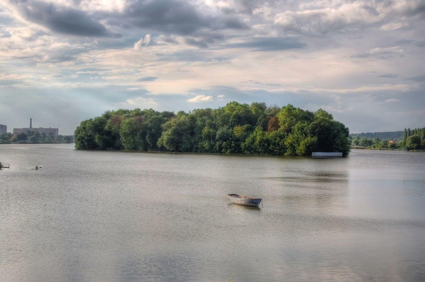 острів кохання на річці Південний Буг, хмельницький