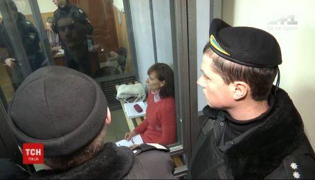 Суд зобов'язав виплатити очільниці Сумської психлікарні 500 тисяч гривень