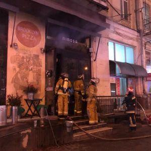 У Києві на Печерську загорівся ресторан