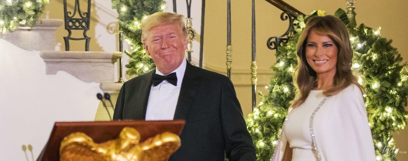 В белоснежном платье за 4 тысячи долларов: красивая Мелания Трамп на балу в Белом доме