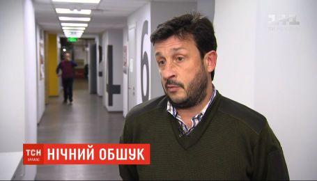 Обыски могли осуществить из-за знакомства с подозреваемыми по делу Шеремета - волонтер Акастёлов