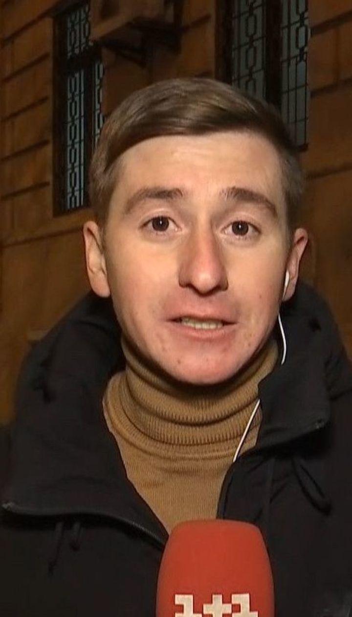 Более 7 часов суд избирает меры пресечения подозреваемым в убийстве Павла Шеремета