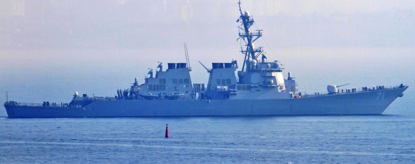 До Чорного моря увійшов ракетний есмінець США Ross