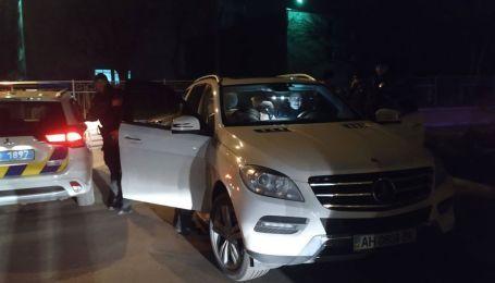 В Киеве парень на внедорожнике Mercedes устроил скоростные перегоны с копами