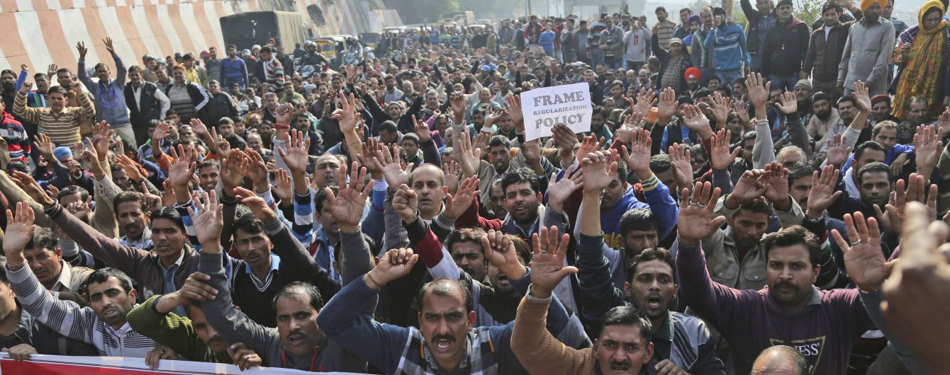В Индии произошли столкновения между студентами и полицией: 70 пострадавших
