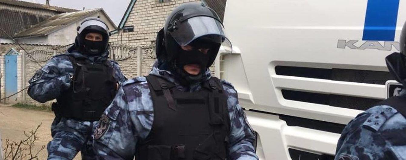 В оккупированном Крыму новые обыски в домах крымских татар