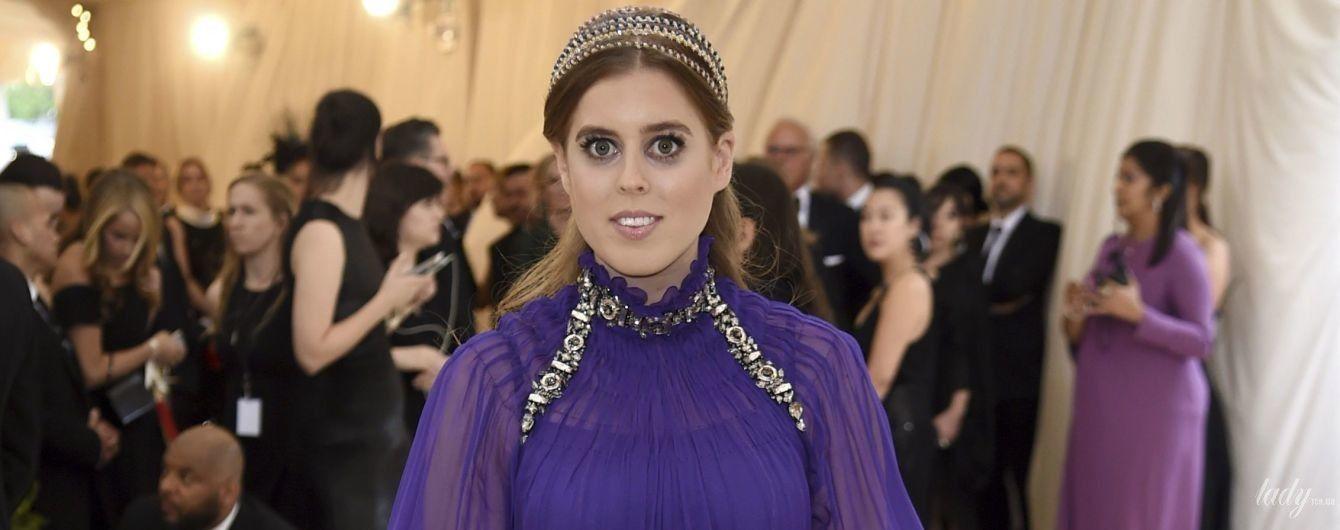 От мини-юбок до элегантных платьев: как менялся стиль принцессы Беатрис Йоркской