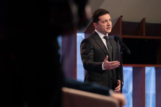 Зеленський у змінах до Конституції пропонує скасувати особливий статус Севастополя