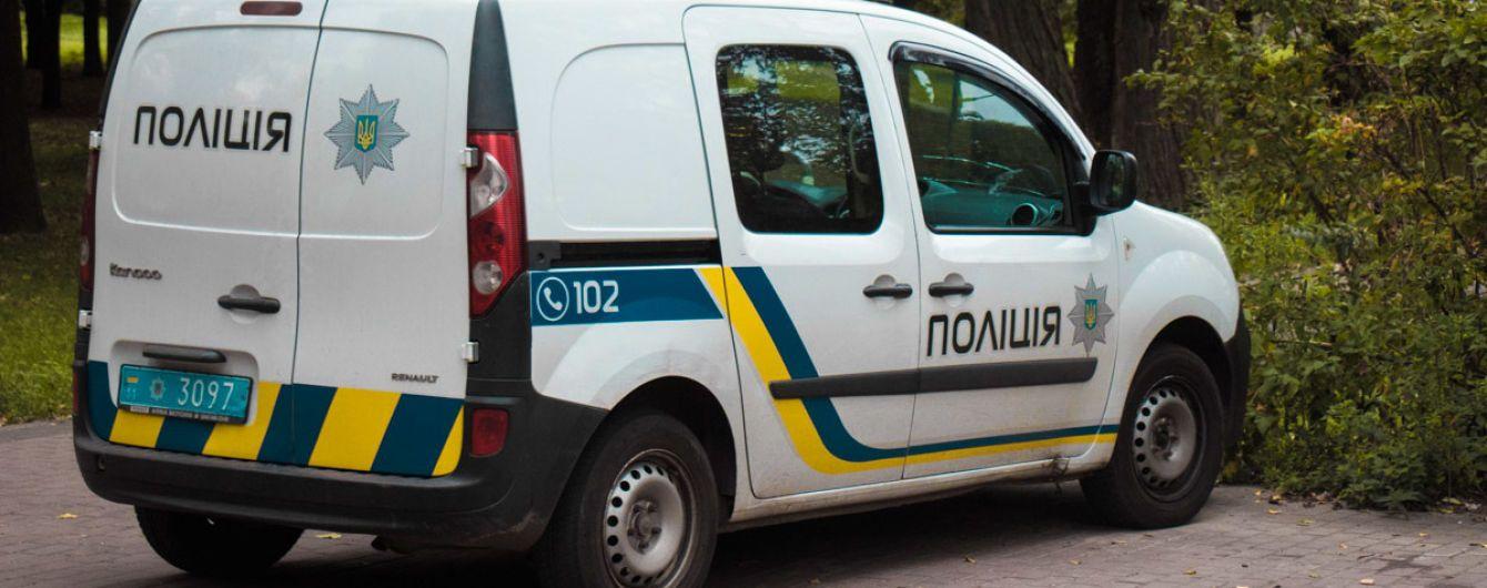 Поліція затримала озброєну банду, яку підозрюють у розбійних нападах у Київській області