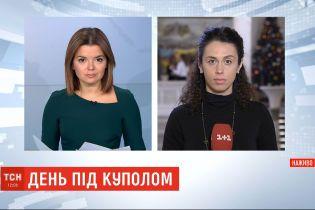 Депутаты требуют выяснить, кто организовал потасовку под Верховной Радой