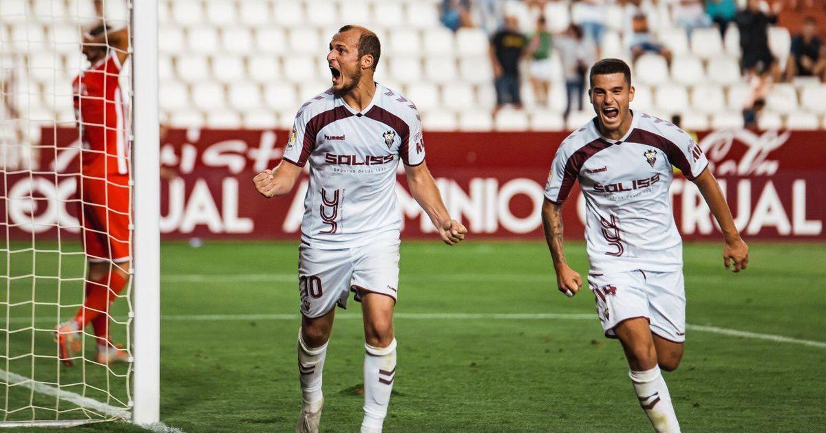 Испанский клуб во второй раз признал украинского футболиста лучшим игроком сезона