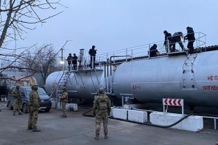 В Украине разоблачили масштабное производство токсичного топлива