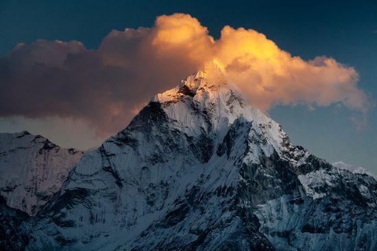 У Непалі планують змінити умови для сходження на Еверест