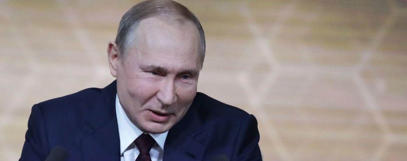 У традиційному новорічному привітанні іноземним лідерам Путін знову не згадав президентів України та Грузії
