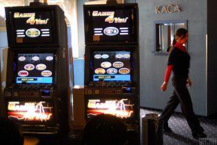 Правительство решило ликвидировать игровые автоматы под видом лотерей