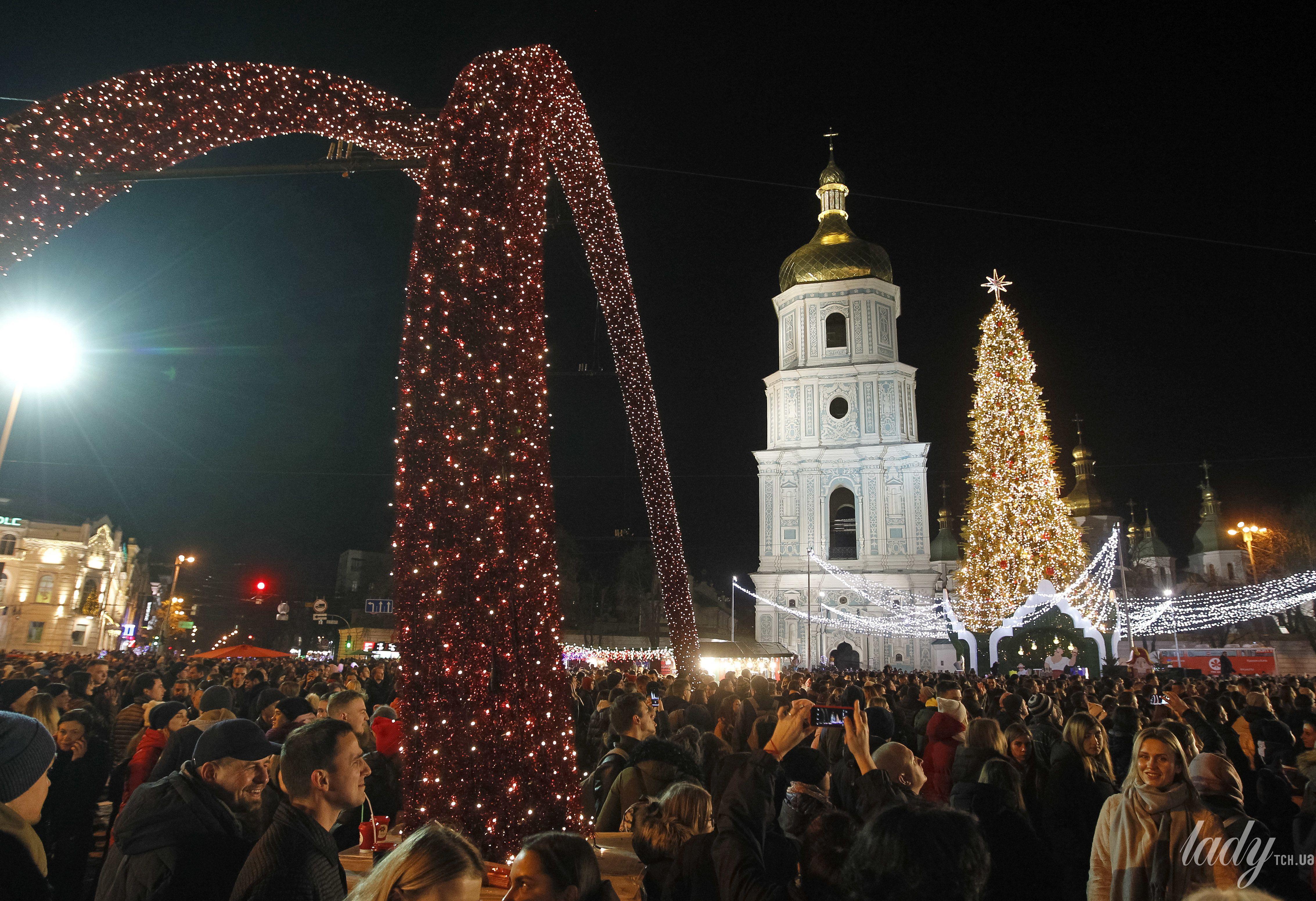 Елка на Софийской площади в Киеве_1