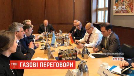 Тристоронні переговори щодо нового контракту на транзит газу продовжаться у Мінську