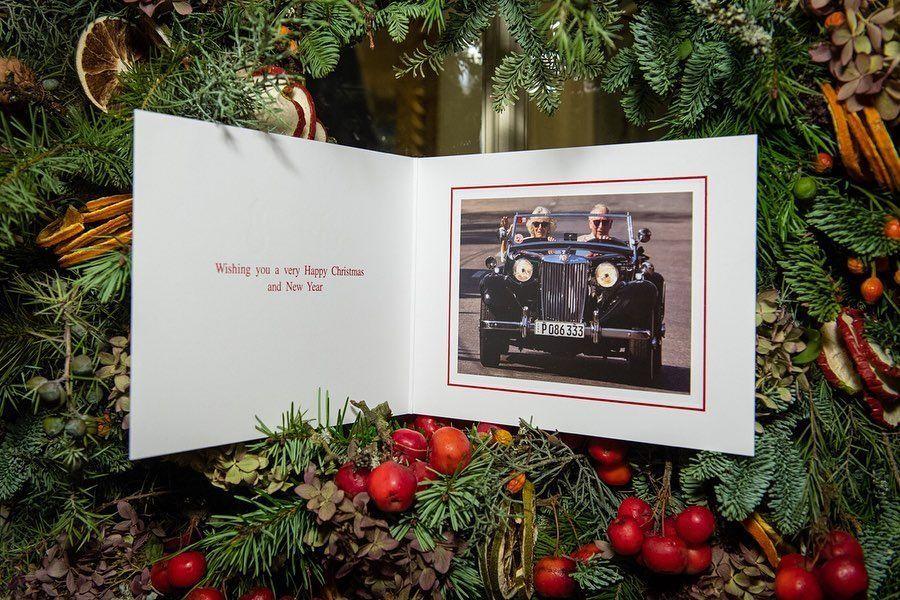 Рождественская открытка герцогини Корнуольской и принца Чарльза