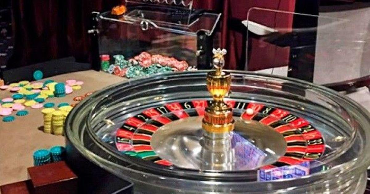 На украине закрыли казино камеди последний день казино смотреть онлайн