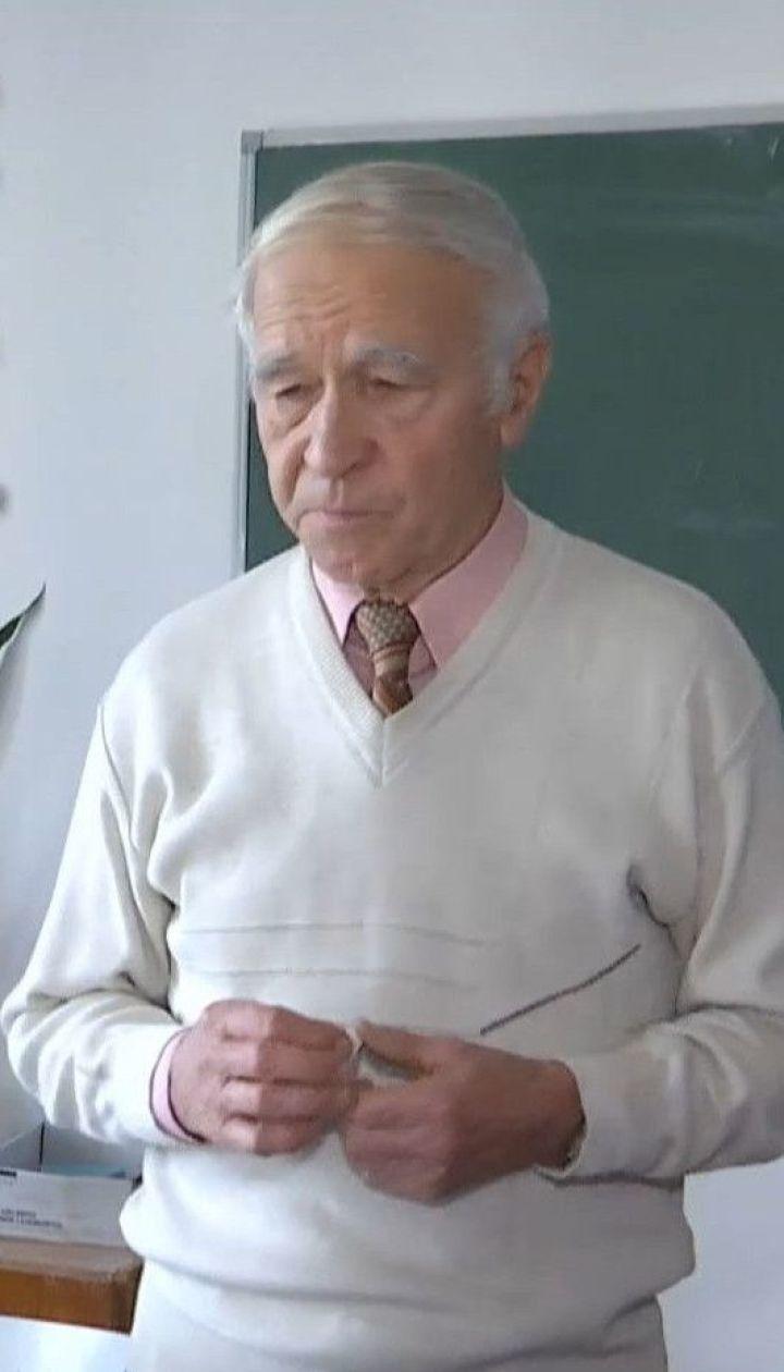 Українським школам украй бракує вчителів фізики: молодь не вступає на цю спеціальність