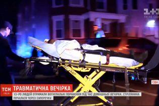 13 людей зазнали вогнепальних поранень під час поминальної вечірки в Чикаго