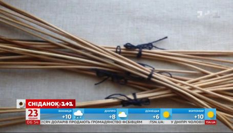 Скандал на свято Миколая: вихователька дитсадка поклала різки під подушки неслухняних дітей