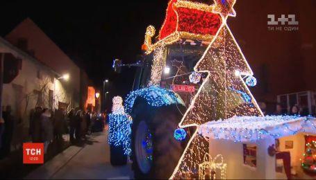 Необычное развлечение: в центральной Бельгии устроили рождественский парад тракторов