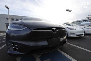 Tesla получила $1,4 млрд от банков Китая