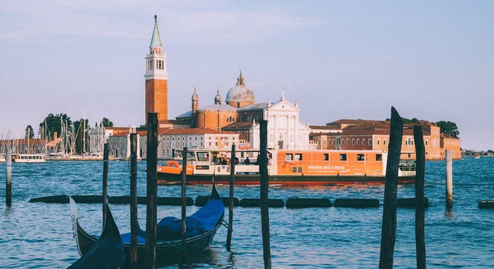 У центрі Венеції створили незвичайний арт-проєкт