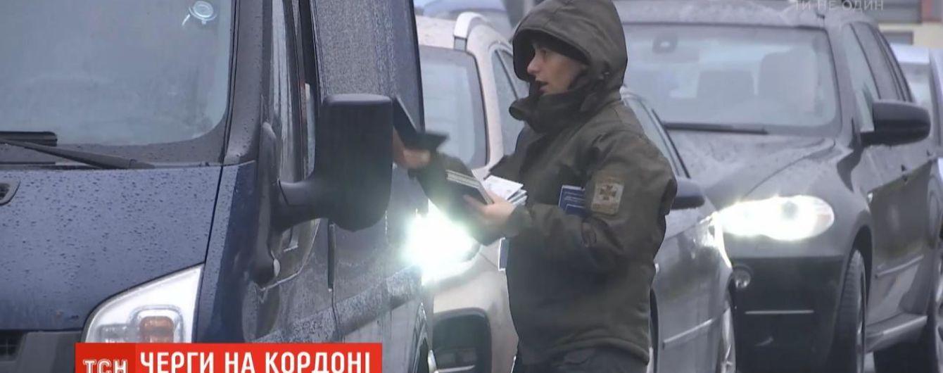На украинско-польской границе растут километровые очереди