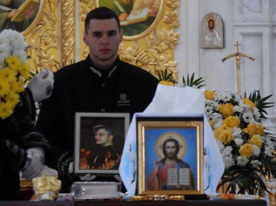 В Одесі поховали 16-річного хлопця, який загинув у пожежі в коледжі